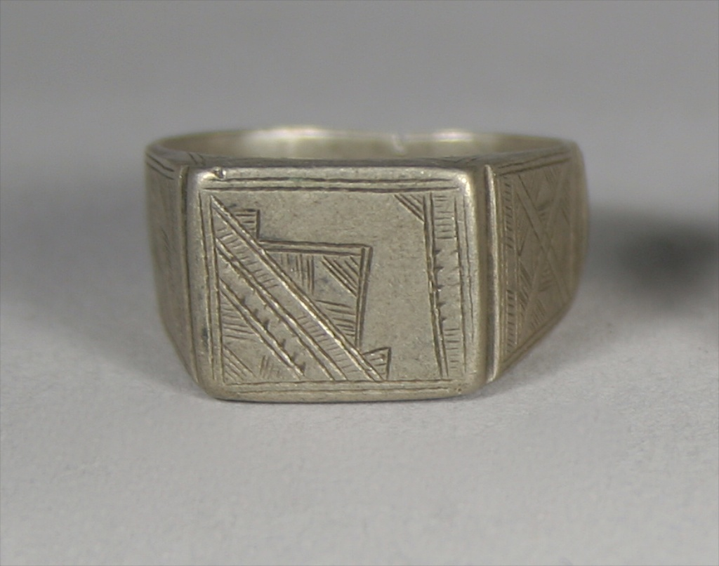 Old Silver Tuareg Ring The Niger Bend African Art