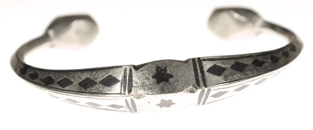 Tuareg metal ebony 11352