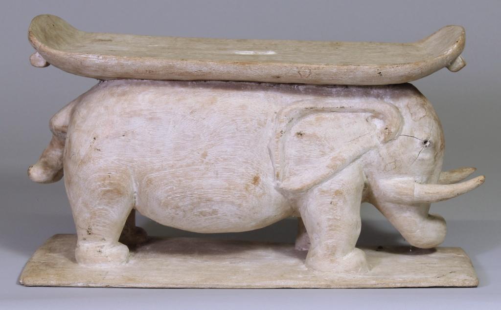 183 Small Elephant Ewe Stool (1)