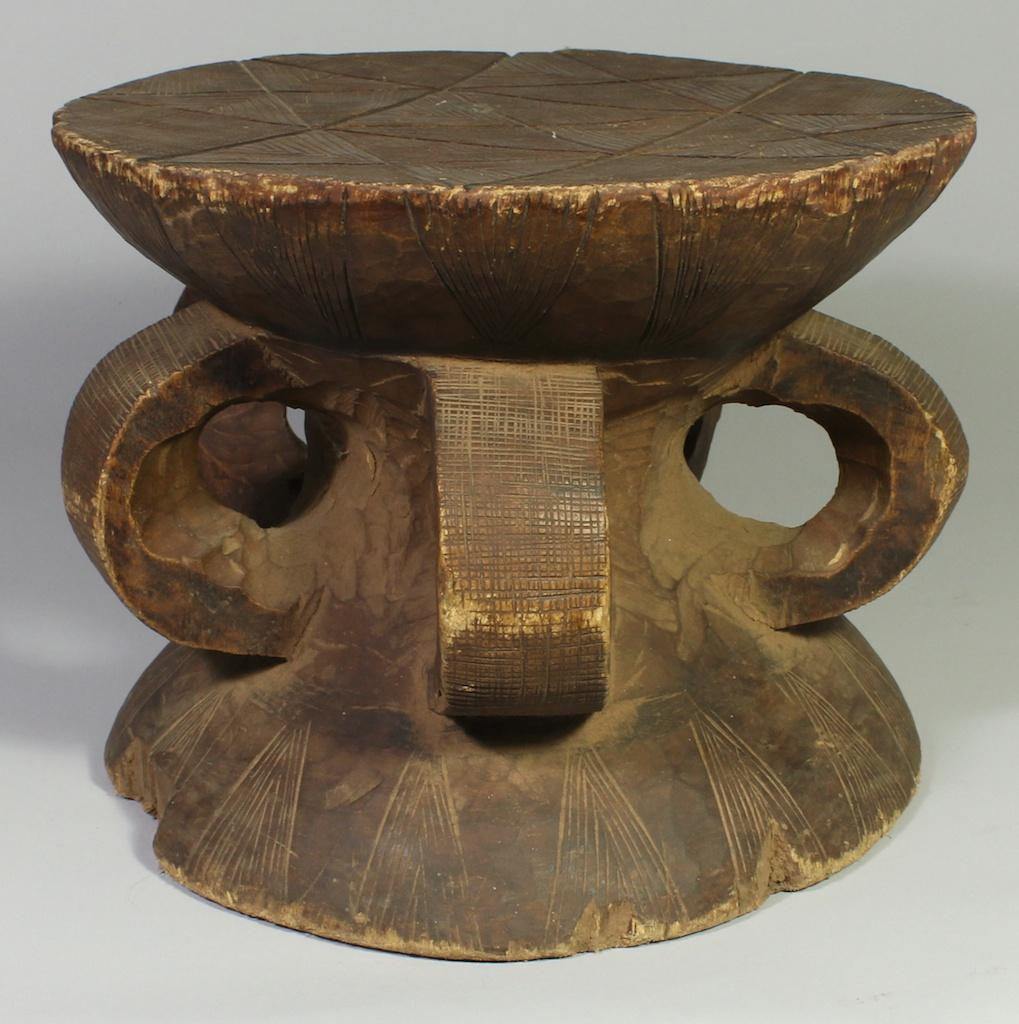 248 Old Gurmantche round stool