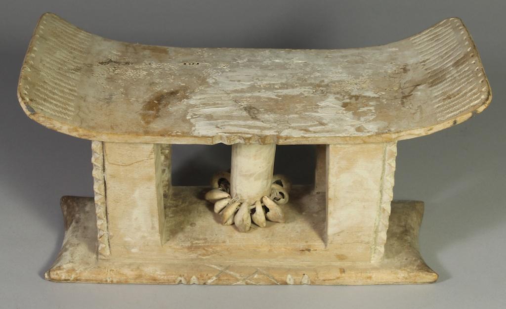 250 Old Ewe spirit stool (2)