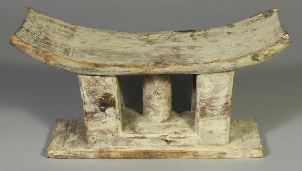 260 Old Ewe spirit stool